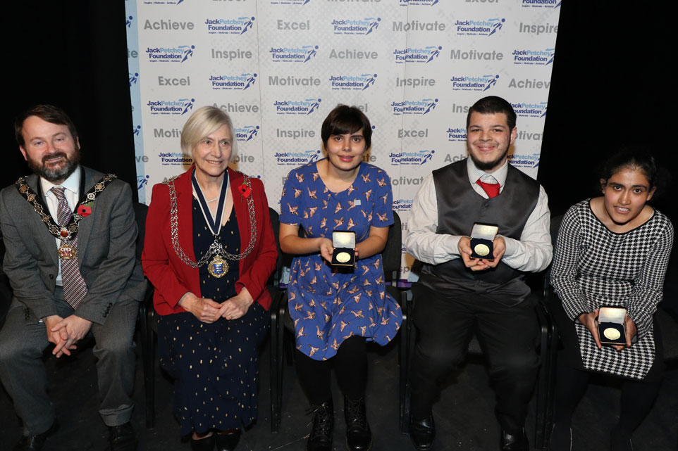 Jack-Petchey-Award-2019-Supported-Learningweb.jpg