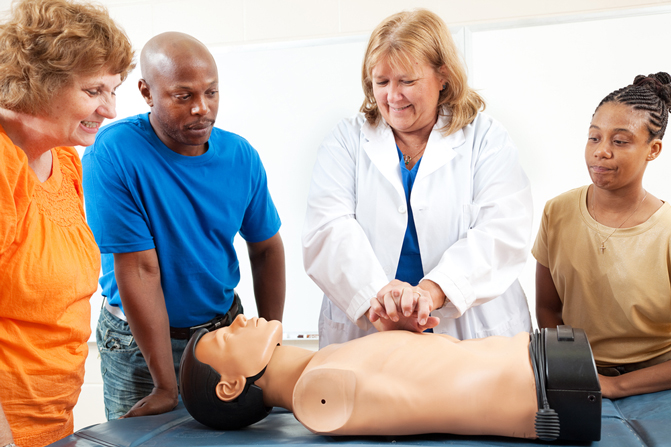 statutory-first-aid-emergency-and-pediatric-courses-at-Richmond-upon-Thames-College