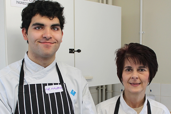Catering students help Hampton Hill's little chefs