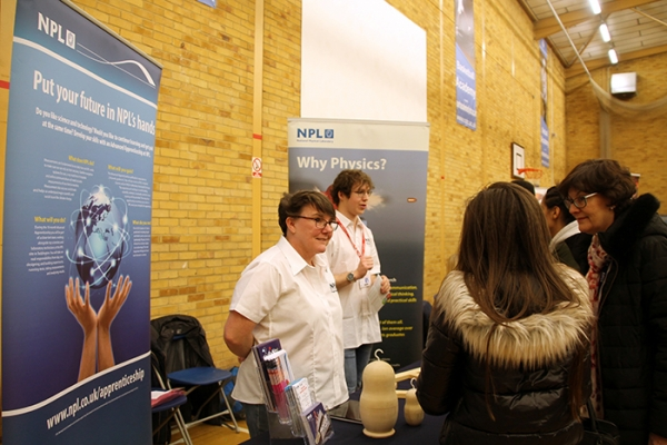 Students Discuss Futures with Universities and Employers
